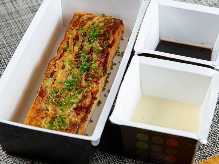 Pratos do restaurante Mondo Gastrônomico para delivery; lasanha de vitelo é uma das opções