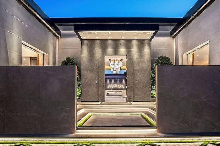 Kylie Jenner compra casa de R$ 200 milhões em Los Angeles