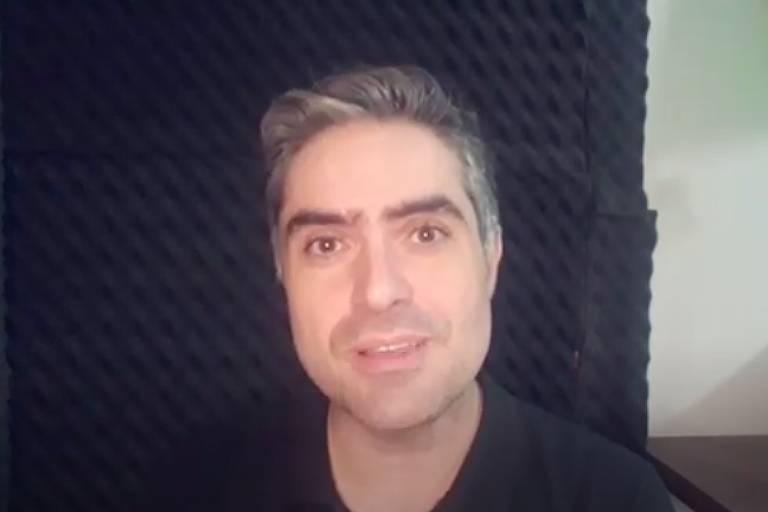 O youtuber  Victor Rysovas, do canal Dez de História