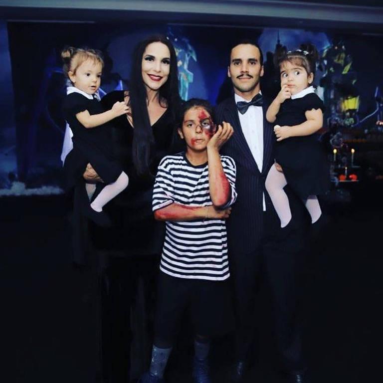 Imagens de Ivete Sangalo com a família