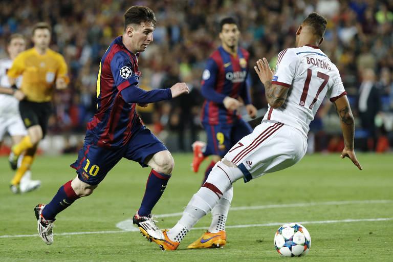 Messi entorta Boateng antes de marcar por cobertura em Neuer pela Champions 2014/2015