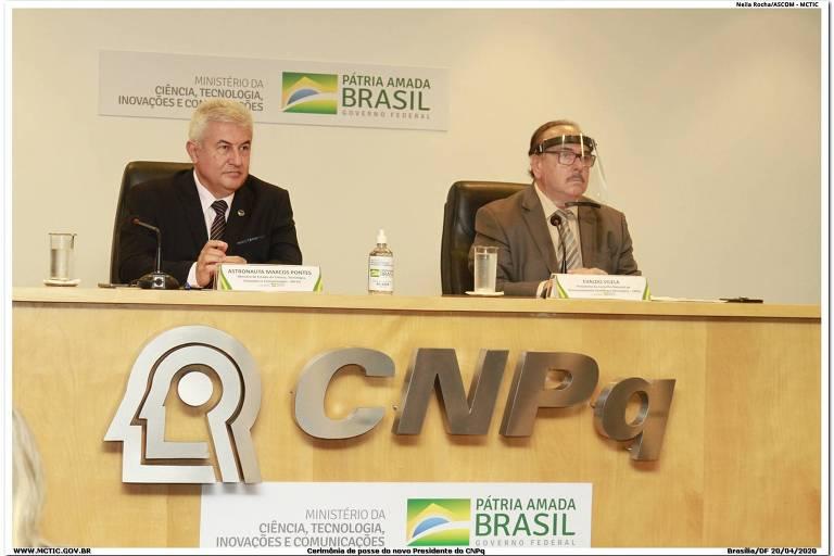 O ministro da Ciência e Tecnologia, Marcos Pontes, e o novo presidente do CNPq, Evaldo Vilela
