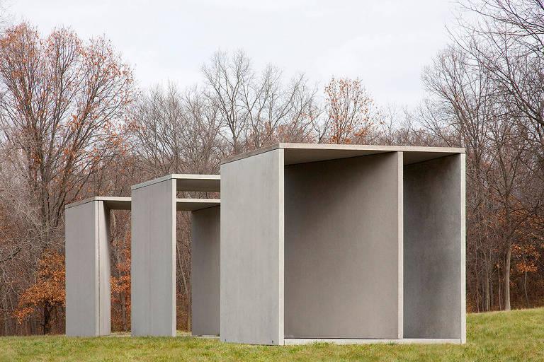Obra do pintor norte-americano e artista plástico minimalista Donald Clarence Judd