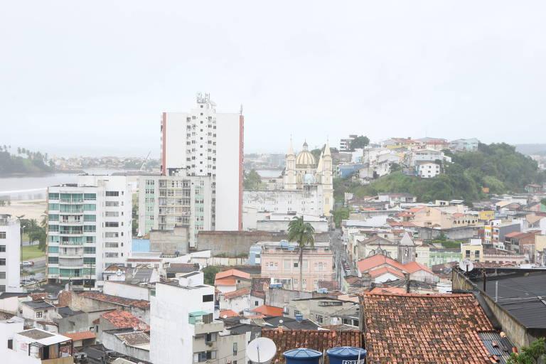 Vista da cidade de Ilhéus, no sul da Bahia , com prédios
