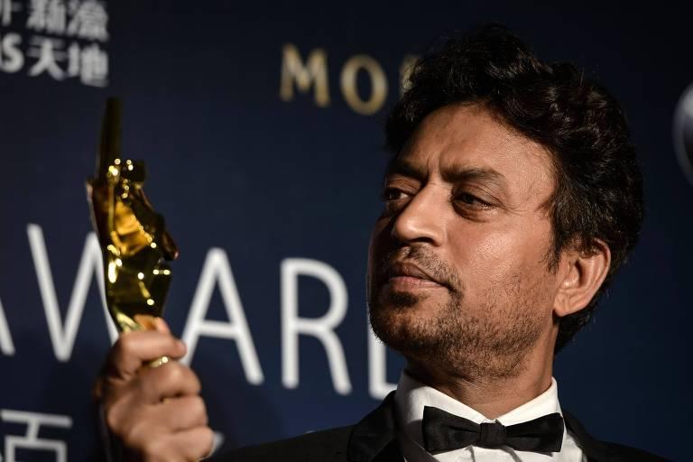 Irrfan Khanem premiação cinematográfica em Macau, na China, em 2017