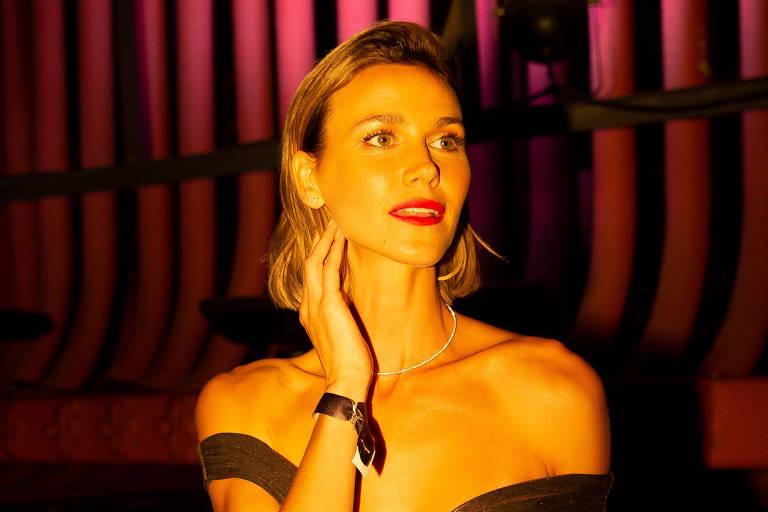 Renata Kuerten no lançamento do programa de Luana Piovani no canal E!