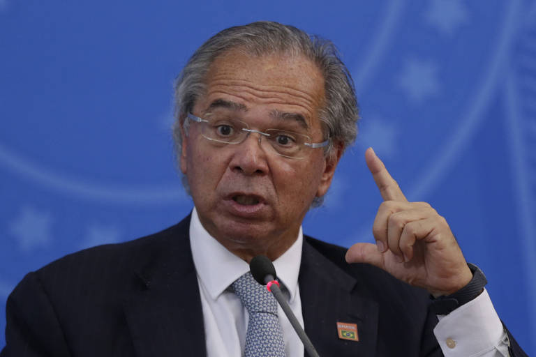 Ministro da Economia, Paulo Guedes, durante entrevista à imprensa em Brasília