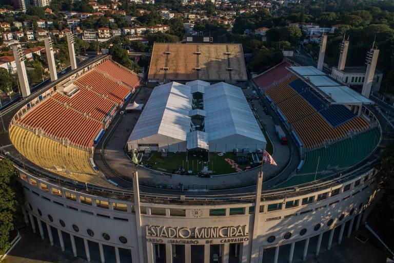 Estádio do Pacaembu se transformou em um hospital de campanha para o combate ao coronavírus