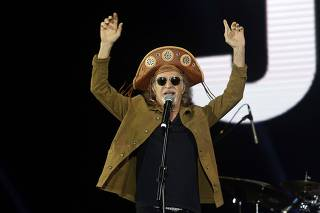 Apresentação do cantor Alceu Valença durante o Festival João Rock