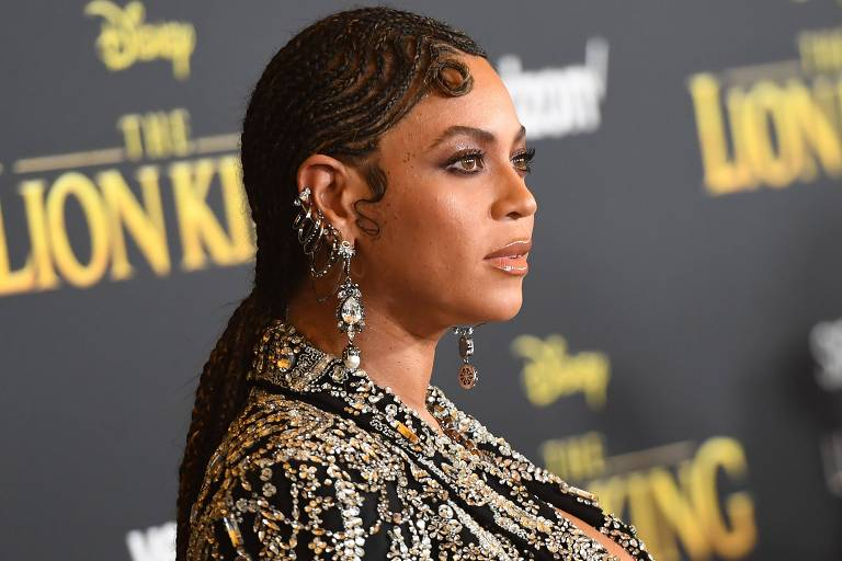 Beyoncé e Billie Eilish homenageiam George Floyd: 'Chega de assassinatos sem sentido'