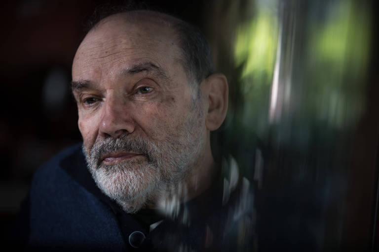 O filósofo Ruy Fausto durante entrevista à Folha, em 2017