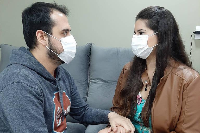 Noivos adiam festa de casamento por conta da pandemia do coronavírus