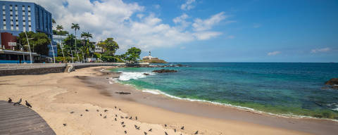 Praias e pontos de turísticos de Salvador vazios. Depois do óleo nas praias, pandemia consolida ano perdido para turismo no Nordeste. Crédito: Igor Santos/Prefeitura de Salvador ?