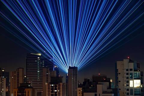 Live de Alok teve show de luzes tecnológicas direto de sua casa