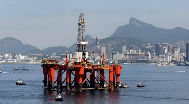 Plataforma da Petrobras na Baía de Guanabara no Rio de Janeiro, em 2010.