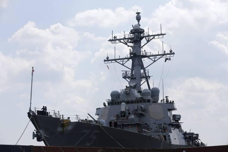 O destróier norte-americano USS Donald Cook, que está em operação no mar de Barents