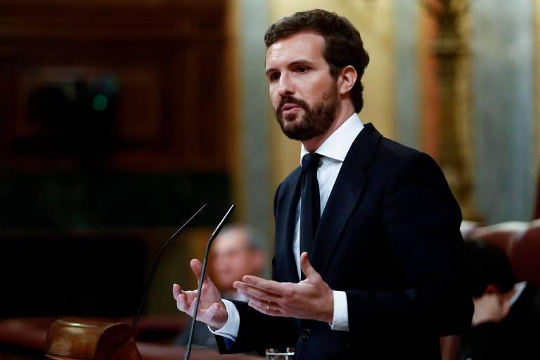 O líder do PP, Pablo Casado, discursa durante sessão de abertura no Parlamento espanhol, em Madri