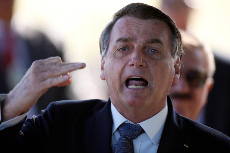 O presidente da República, Jair Bolsonaro, em frente ao Palácio da Alvorada