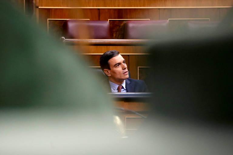 O premiê espanhol, Pedro Sánchez, em sessão de debate no Parlamento