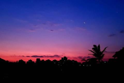Pôr do sol registrado em São Paulo