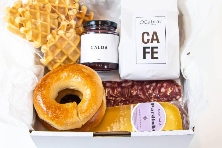 A cesta de café da manhã do OCabral Café