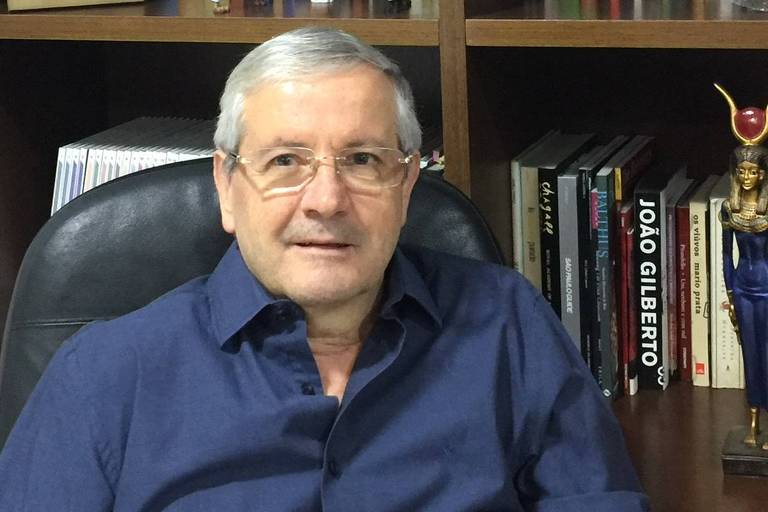 Jair de Jesus Mari Médico psiquiatra, é professor titular e chefe do Departamento de Psiquiatria da Escola Paulista de Medicina da Universidade Federal de São Paulo (EPM-Unifesp)