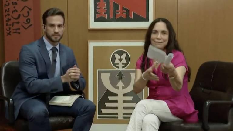 Regina Duarte em entrevista ao jornalista Daniel Adjuto para o programa CNN 360