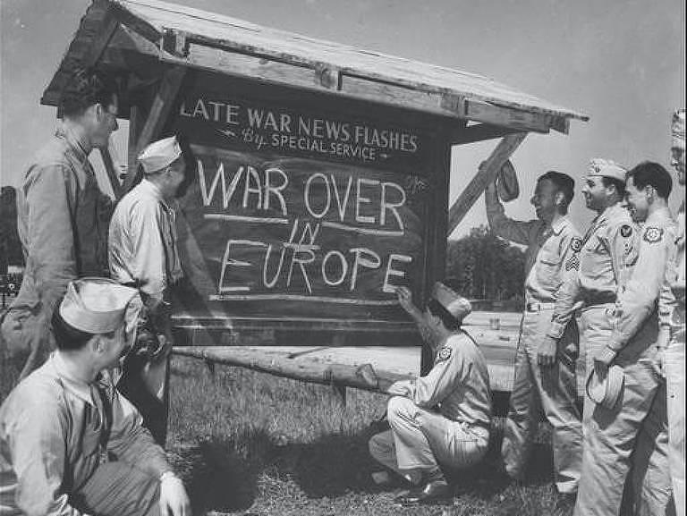 """Cena de """"Dia da Vitória: Europa"""" do Smithsonian Channel"""