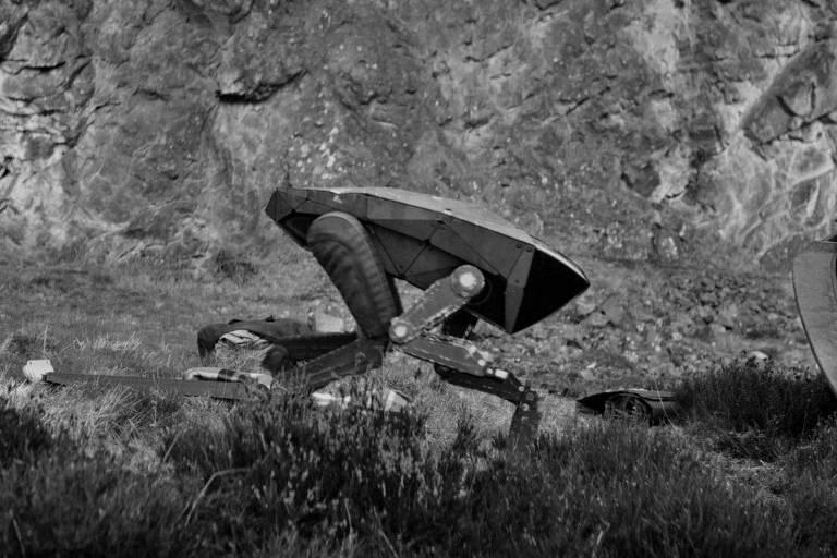 Robô assassino inspirado em criação da Boston Dynamics em cena de 'Metalhead', episódio de 'Black Mirror'