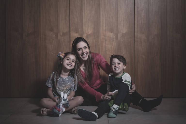 Mães que cuidam de outras mães com Covid-19