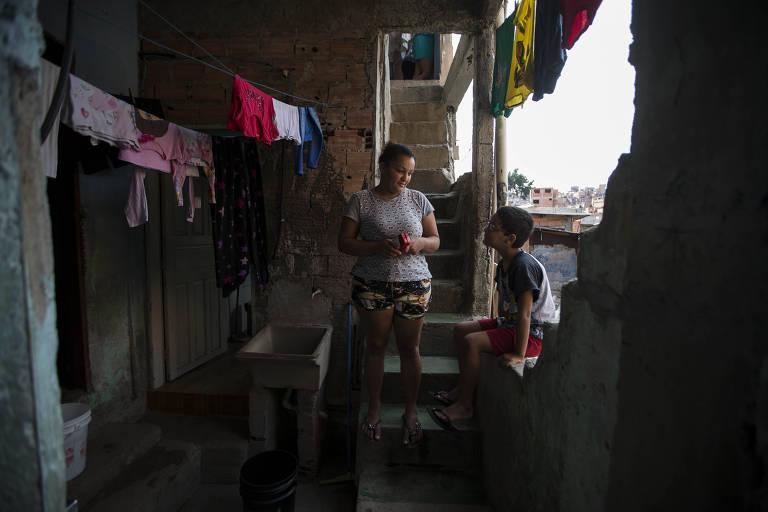 Aulas à distância durante a pandemia expõem desigualdades na educação