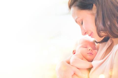 Parece que faz apenas alguns meses que você estava com uma barriga enorme, observando um bebê se mexer e mudar seu corpo