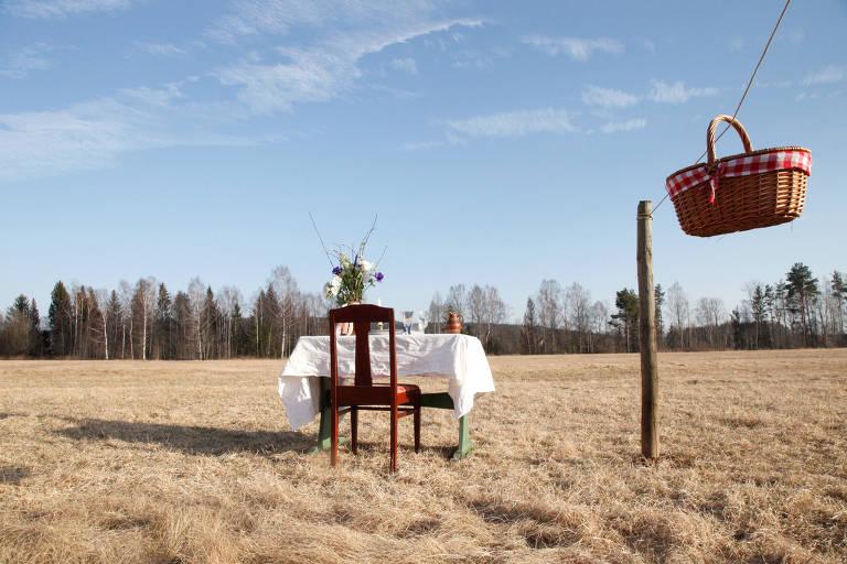 Restaurante Bord for En, com mesa para um único cliente, na Suécia