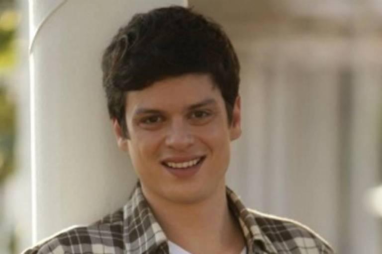 O ator Eduardo Pires