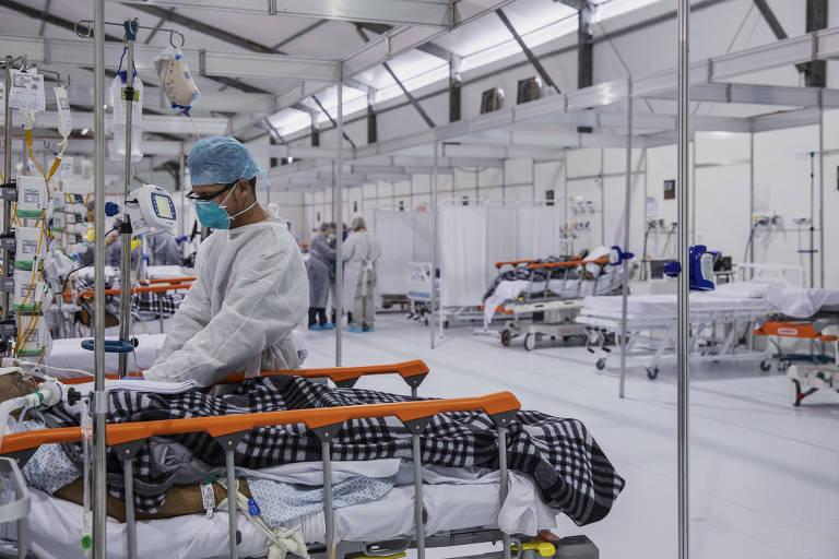 Paciente do Pacaembu entra com medo de intubação e sai aplaudido por 'torcida'
