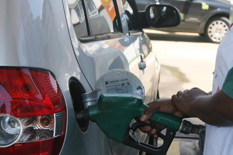 Mesmo competitivo, etanol despenca nas vendas em abril