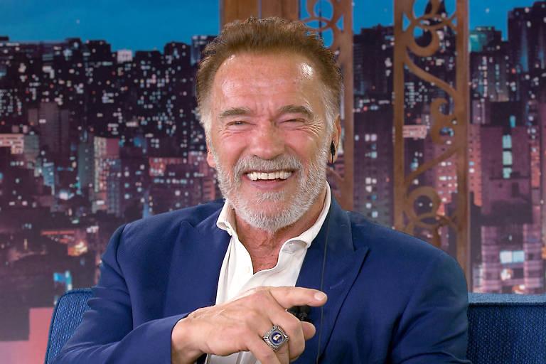 Arnold Schwarzenegger no The Noite (SBT)