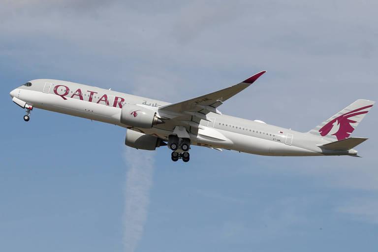 Companhia aérea Qatar Airways está distribuindo 100 mil bilhetes gratuitos para profissionais de saúde de todo o mundo