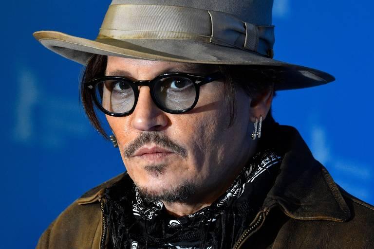 Johnny Depp recebe apoio da ex-esposa em processo que o acusa de ser abusivo