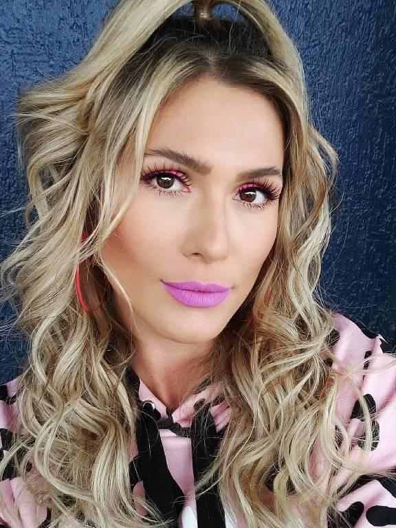 Imagens da apresentadora Lívia Andrade