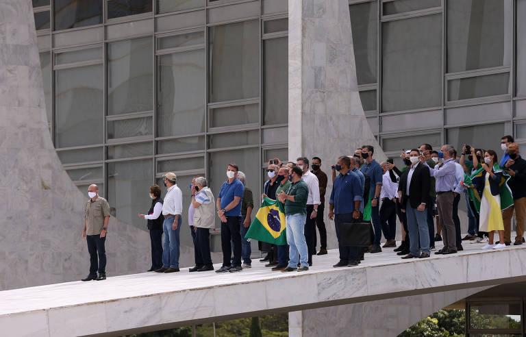 Manifestação em favor do governo Bolsonaro em Brasília, em 17/05/2020