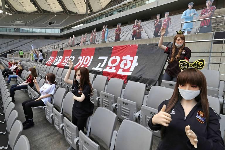 Bonecas infláveis foram usadas pelo FC Seoul