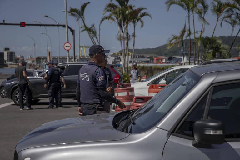Cidades do litoral de SP tentam evitar aglomeração de turistas da capital no feriado