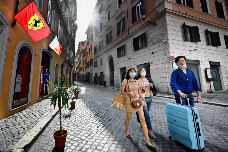 Europa começa a se reabrir para o turismo