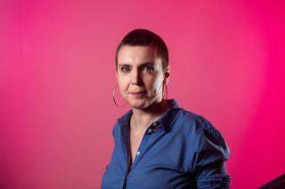 Retrato da cantora Adriana Calcanhoto