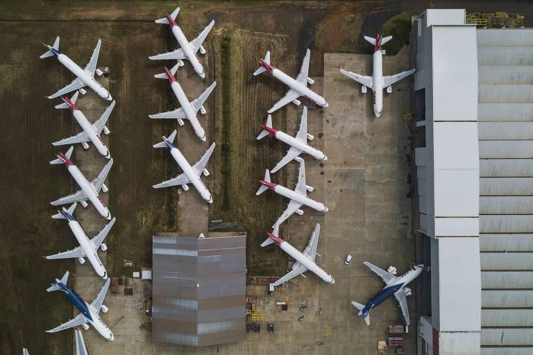 Aviões da Latam Brasil estacionados em São Carlos (SP). O grupo entrou com pedido de recuperação judicial nos EUA, sem incluir a afiliada brasileira