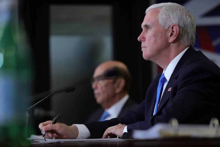 Mike Pence, vice-presidente dos EUA, dirige reunião do Conselho Nacional Espacial na sede da Nasa, em Washington