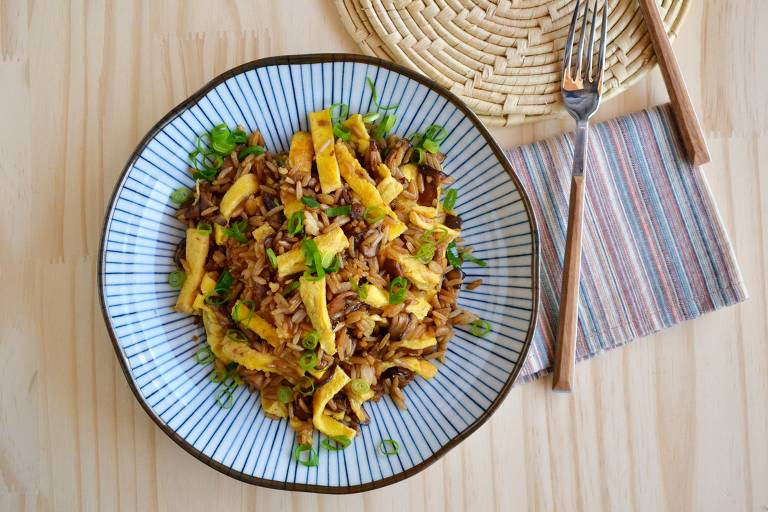 Receita de arroz frito oriental