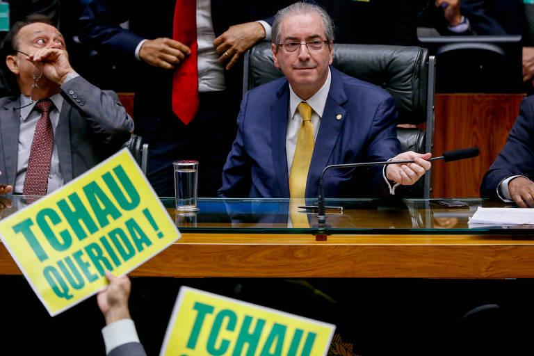 O então presidente da Câmara, Eduardo Cunha, preside a sessão que aprovou abertura do processo de impeachment da presidente Dilma Rousseff