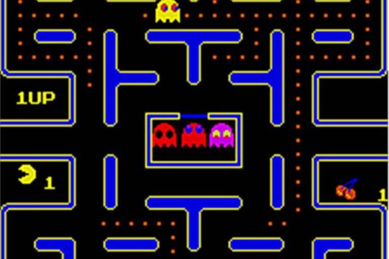 """Reprodução do jogo """"Pac -Man"""""""